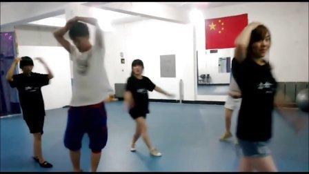 四平鑫力美舞蹈工作室2013年6月jazz作品阴天mv字幕