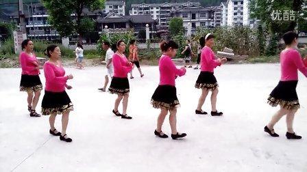 覃秋红香姐妹广场舞【十六步】