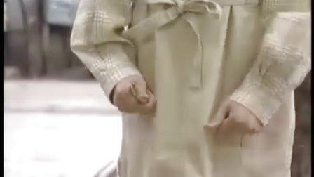 蜥蜴女孩 01
