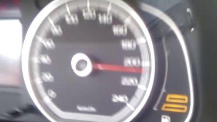 荣威750极速体验!就快爆表了!