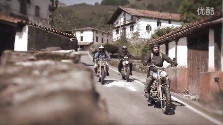 让我们扬尘起航吧 凯旋复古摩托车 攀爬者 Triumph Scrambler
