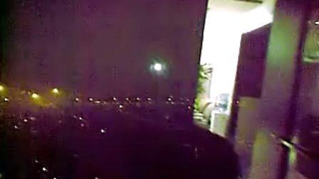 黑天卧室的灯真实照片