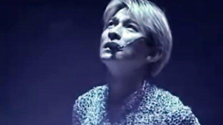 刘德华1999香港红馆演唱会图片