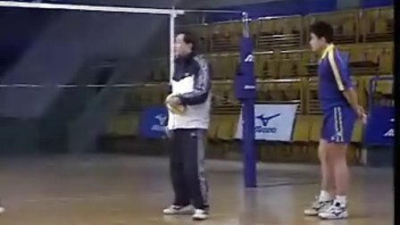 排球视频教学:29(二传训练、位置差)