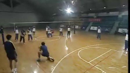 排球视频教学:27(专位防守、背溜、身体素质训练)