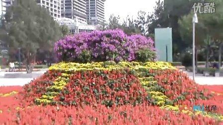 [拍客]唐山抗震纪念碑广场璀璨花海祝福祖国生日
