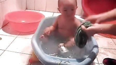看美女洗澡!