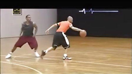 艾弗森经典招式再现 5种篮球过人教学视频 -艾弗森经典招式再现 5种篮