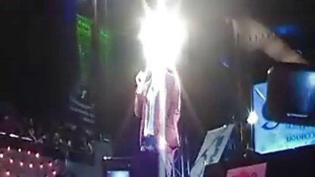 泰国Boy 20101210 IT SQUARE粉丝见面会单人演唱