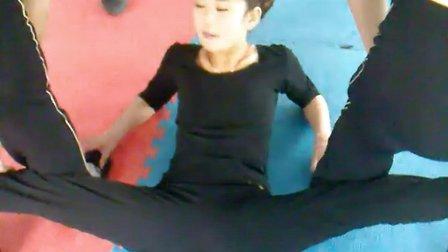 【柔术柔术】下载性感美女苹果高难度美女表美女精选v柔术动作图片
