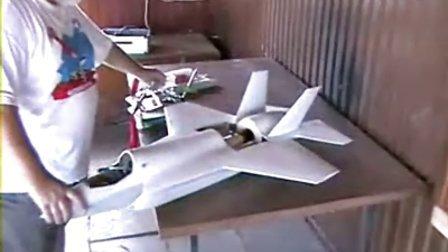 国外牛人自制f35喷气式遥控飞机