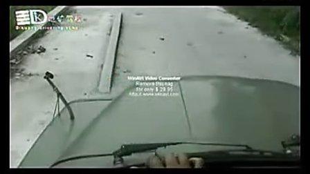b2科目二单边桥视频驾驶技巧