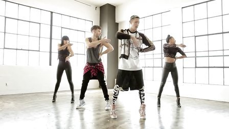 【猴姆独家】布兰妮强势新单Work Bitch mv舞蹈教程