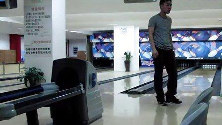 上海 何鹏飞 弧线球 双手释球 - 播单 - 优酷视频