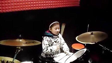 9岁小女孩架子鼓演奏真的女生-v女生-3023头像唯美爱你带帽图片