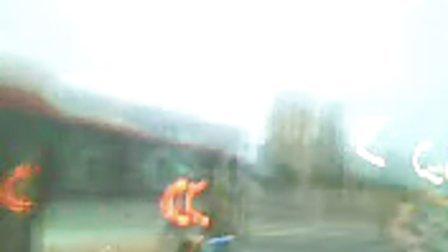 富士康公交车司机打架