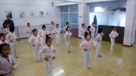杜佳怡小朋友跳舞视频