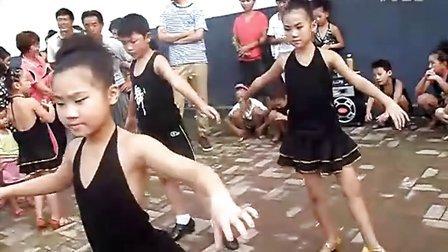 儿童拉丁舞 少儿拉丁舞 拉丁舞 雪源彤舞蹈学习中心 拉丁舞教学 街中