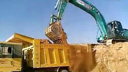 挖掘机装车视频 -挖掘机装车