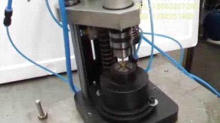 气动攻丝机 攻牙机 螺纹加工机 铜镶嵌件攻丝机视频(自动夹头)非标图片