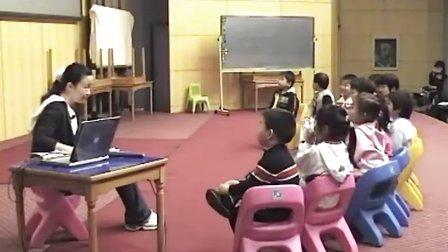 幼儿园公开课 小班《走路》