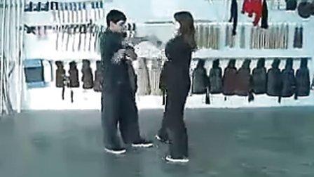 15岁外国女孩流畅咏春拳