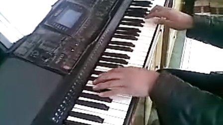 电子琴演奏《女儿情》图片