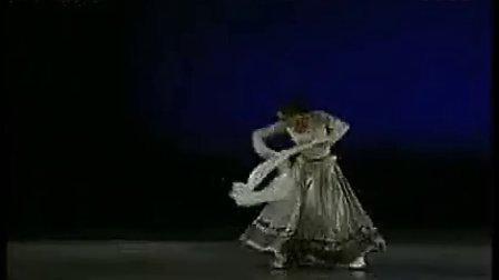 第九届桃李杯 藏族舞蹈组合 徐曼妮_app-320x240(流畅)
