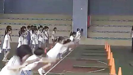 小学一年级体育优质课视频《小青蛙打害虫》_视频课堂实录