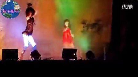 视频 乡下歌舞团5 高清