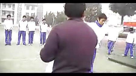八年级初中体育优质课视频展示《鱼跃前滚翻》张年_视频课堂实录