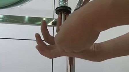 立升家用厨房净水器?#25442;?#27700;龙头安装