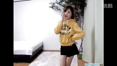 韩国美女朴娜娜babi babi性感黄衣热舞