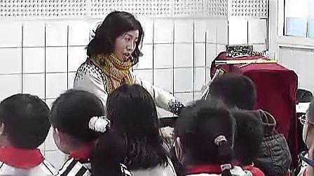 小学五年级音乐优质课视频下册《如今家乡山连山》人音版_祝老师视频课堂实录