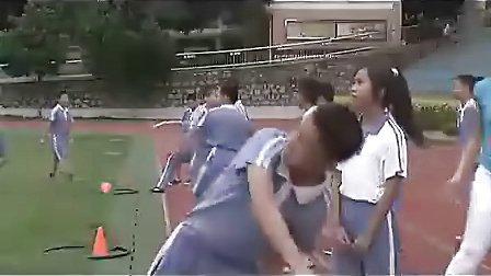小学六年级体育优质课视频《快乐的小投手、勇敢的小战士》_视频课堂实录