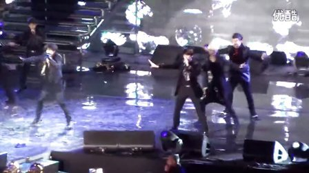 [FanCam] _Bonamana_ - Super Junior en Musik Bank Chile 2.11.