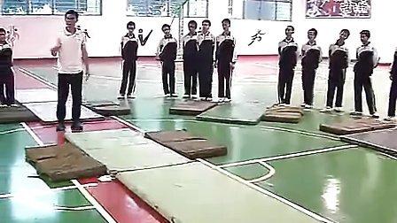 八年级初中体育优质课视频展示《技巧组合》_黄建刚_视频课堂实录