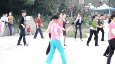 广场舞:十六步