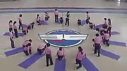 国家级高中体育优质课《高一体育与健身:单肩后滚翻成单膝跪撑》视频课堂实录
