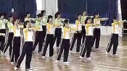 国家级高中体育优质课《高一体育与健身:形体训练.恰恰》视频课堂实录
