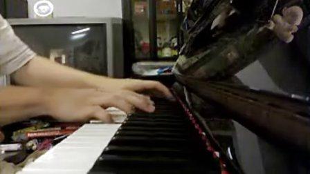 孙燕姿 我怀念的 钢琴版_tan8.com