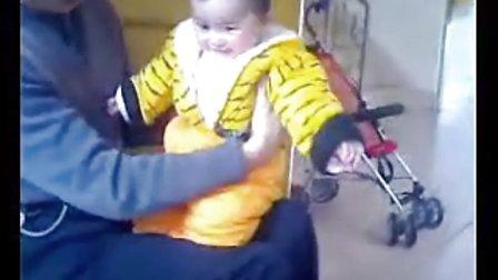 可爱小胖子大笑图片