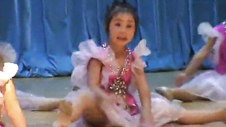 舞蹈可爱娃娃_高清