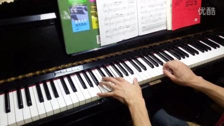 钢琴内部构造正面图片