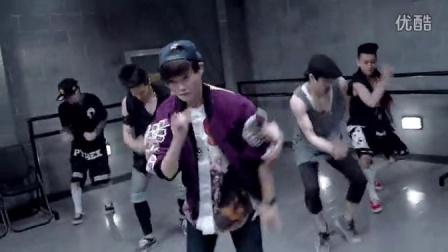 【性感美女MV】Dance To The Music(舞蹈版)-李宇春