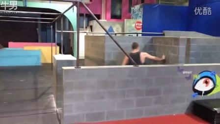 《绿箭侠》男主Stephen Amell健身房跑酷训练