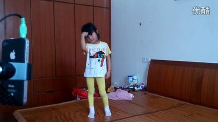 小美女幼儿舞蹈《小苹果》