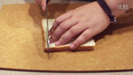 麦香口味的爱心辅食 南瓜面包羹