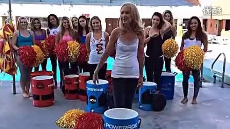 美女啦啦队的ALS冰桶挑战