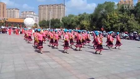 龙涤社区香香舞动松江广场舞大东北
